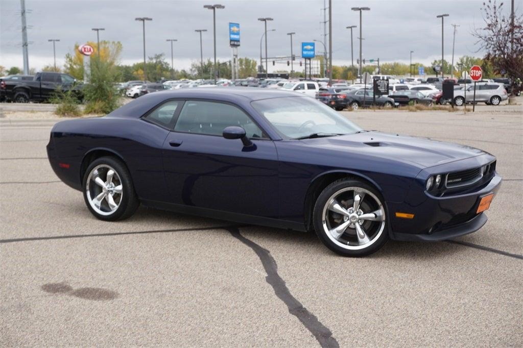 Used 2014 Dodge Challenger SXT with VIN 2C3CDYAG0EH177098 for sale in Lakeville, Minnesota